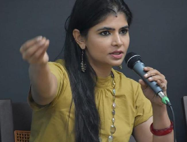 Film producer K Rajan threatens and warns Chinmayi for calling out Vairamuthu name in Metoo