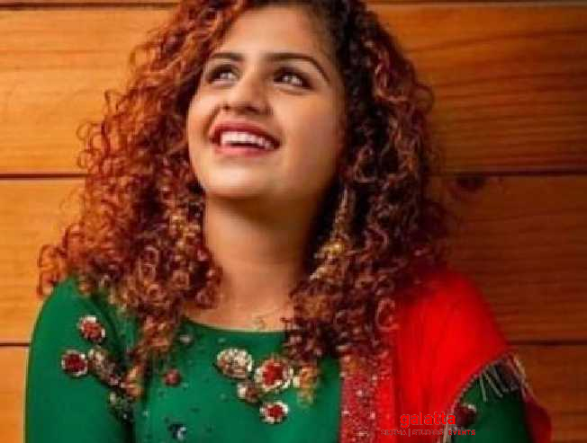 Oru Adaar Love sensation changes her hairstyle - you will be surprised with her new look