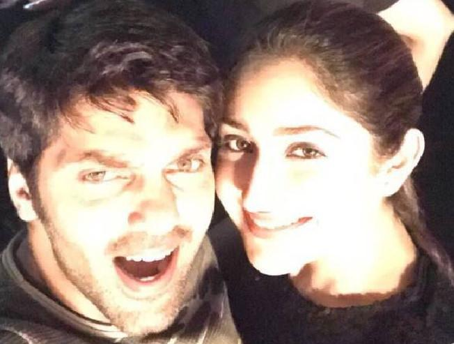 Arya and Sayyeshaa's latest honeymoon pictures goes viral - check out