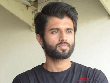 Vijay Deverakonda's next wth Kranthi Madhav titled World Famous Lover!