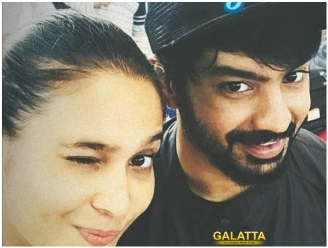 What Breakup? Mahat Gets Committed!