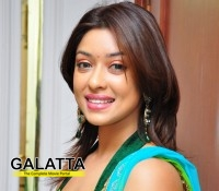 Payal Ghosh ventures into Bollywood!