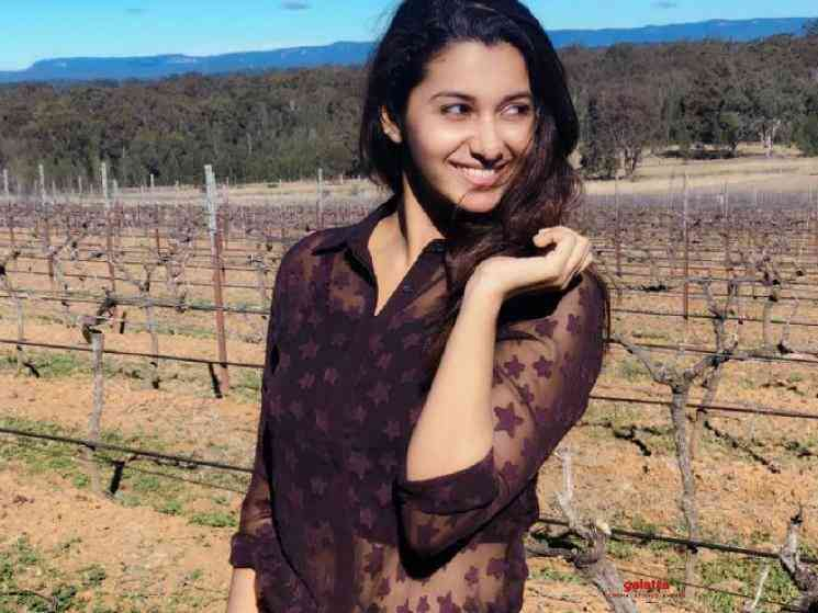 Priya Bhavani Shankar plays video game Bigil referance - Telugu Movie Cinema News