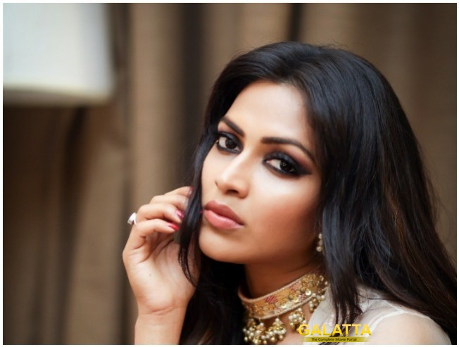 Amala Paul Bollywood Debut Opposite Arjun Rampal Under Naresh Malhotra Direction