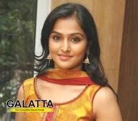 Remya Nambeesan croons for Katham Katham