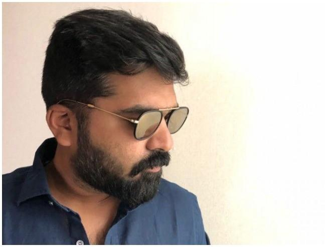 STR Maanadu Simbu Taking Break For UK Trip Venkat Prabhu Suresh Kamatchi Jai