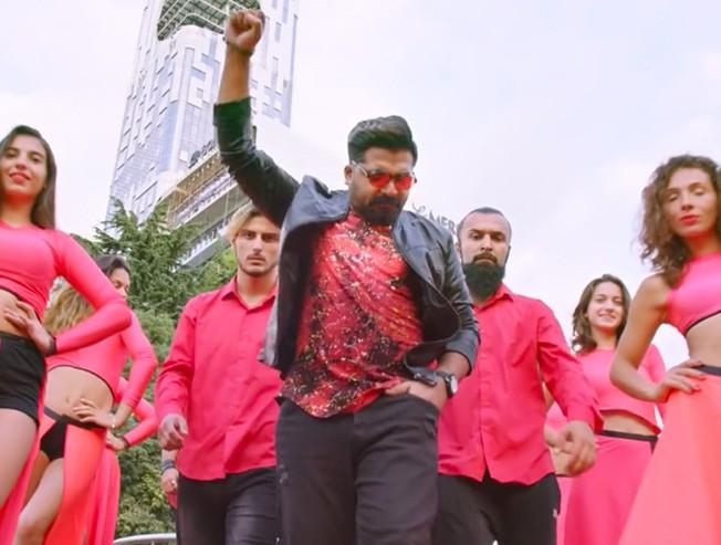 New video song from STR's  Vantha Rajavathaan Varuven!