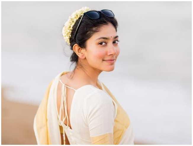 Sai Pallavi's mass one word reply about 'Thalapathy' Vijay  - Tamil Cinema News