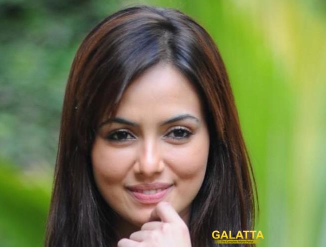 Sana Khan returns to Kollywood