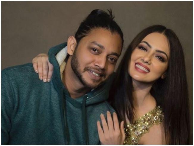 Sana Khan Melvin Louis Relatiosnhip Confirmed Bigg Boss STR Silambattam Simbu