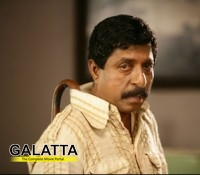 Sreenivasan to play lead role Kannadi Talkies