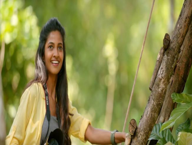 Nanis Jersey Telugu Movie Review Anirudh Ravichander Shraddha Srinath - Movie Cinema News
