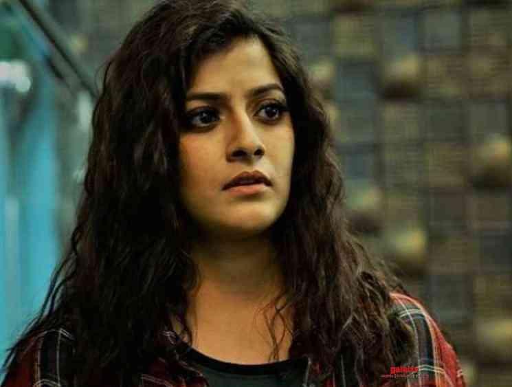 Varalaxmi Sarathkumar Velvet Nagaram to release on March 6 - Tamil Movie Cinema News