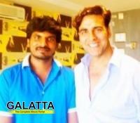 Vatthikuchi hero meets Akshay Kumar!