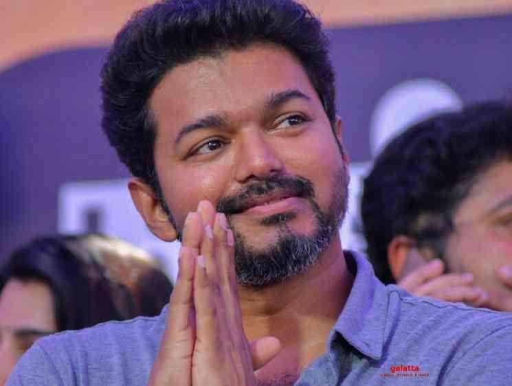 Thalapathy Vijay Meets Blind Couple Fans Viral Video - Tamil Movie Cinema News