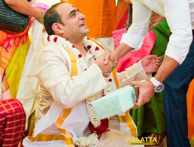 24 director Vikram Kumar ties the knot