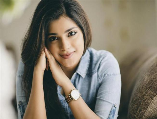 Aathmika Trolled On Social Media Gives A Fitting Reply To Haters