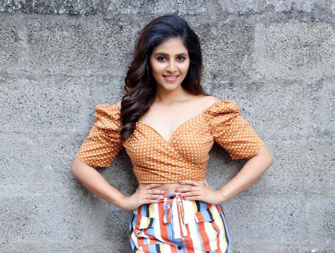 Anjali's Lisaa latest promo!