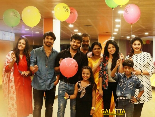 Raj Tarun and Chandini Tamilarasan in Balloon