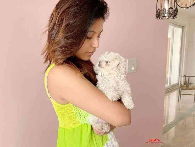 Anjali shares pictures of her new puppy dog Polo photos go viral - Tamil Movie Cinema News