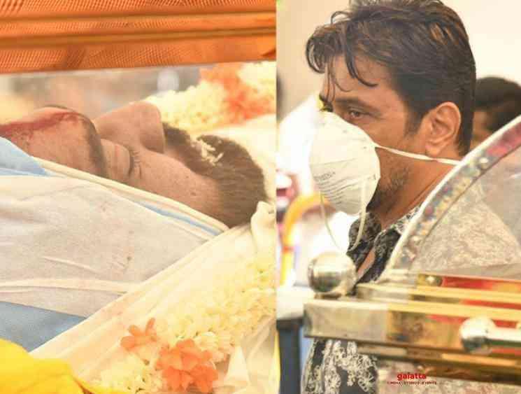 Actor Chiranjeevi Sarjas funeral photos Arjun Yash - Tamil Movie Cinema News