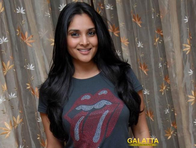 Polladavan actress kickstarts a new controversy