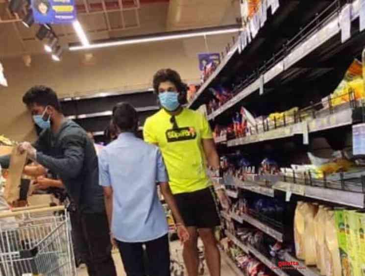 Allu Arjun spotted at supermarket during lockdown - Tamil Movie Cinema News