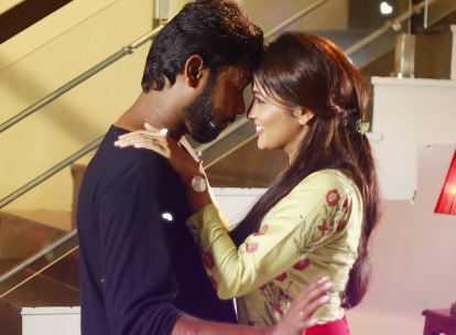 Nenjamundu Nermaiyundu Odu Raja Muttathey Muttathey Lyric Rio Raj Shirin Shabir - Tamil Movie Cinema News
