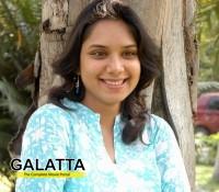 Gayathrri debuts in Tamil