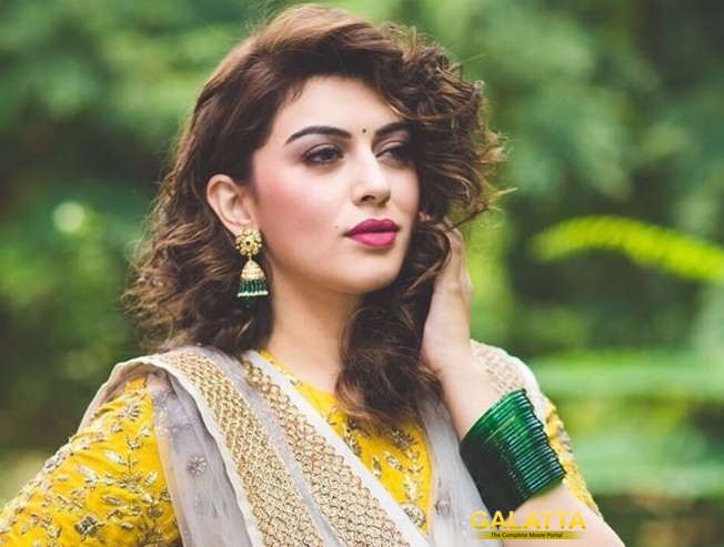 Hansika loves barfi!