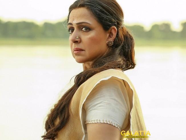 Hema Malini's look for Gautamiputra Satakarni!
