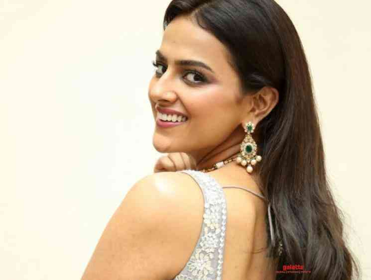 Shraddha Srinath quashes quarantine related rumours Corona - Tamil Movie Cinema News