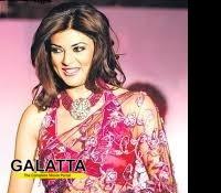 Sushmita NOT to work with Manish Paul?