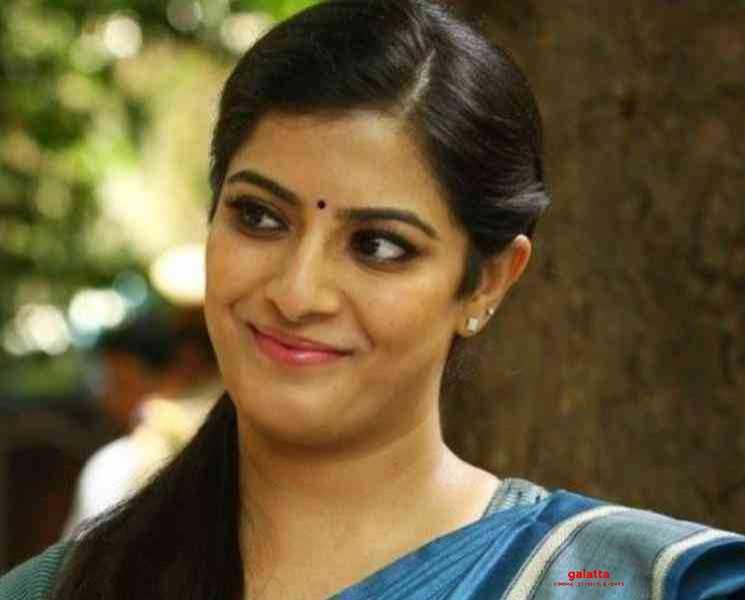 பெண்கள் நலனுக்காக வரலக்ஷ்மி சரத்குமார் வெளியிட்ட வீடியோ !- Tamil Movies News