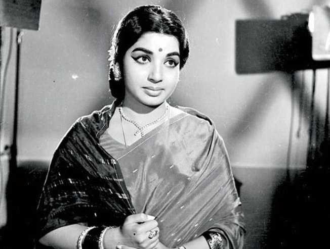 Kangana Ranaut Thalaivi biopic shooting to begin at Mysore in Oct - Tamil Movie Cinema News