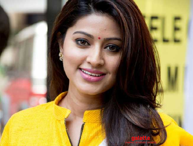 WOW: Sneha and Prasanna all set to welcome their second child