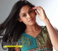 Karthika's cousin in films
