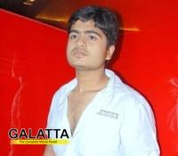 Kuralarasan to sing for Idhu Namma Aalu
