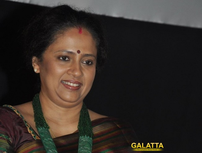 Superstar tag partiality - Lakshmy Ramakrishnan clarifies