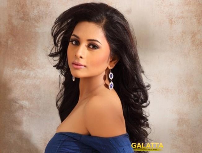 Suza Kumar turns heroine