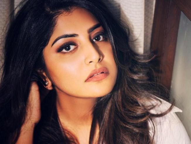 Manjima Mohan To Play A Cameo In Sibiraj Athulya Vattam Movie Details