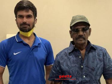 Indian cricketer meets Goundamani | Viral trending photo