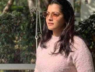 லாக்டவுனில் புதிய தொழில் துவங்கிய வரலக்ஷ்மி சரத்குமார் !