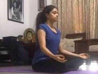 கீர்த்தி சுரேஷின் வைரல் யோகா வீடியோ இதோ !