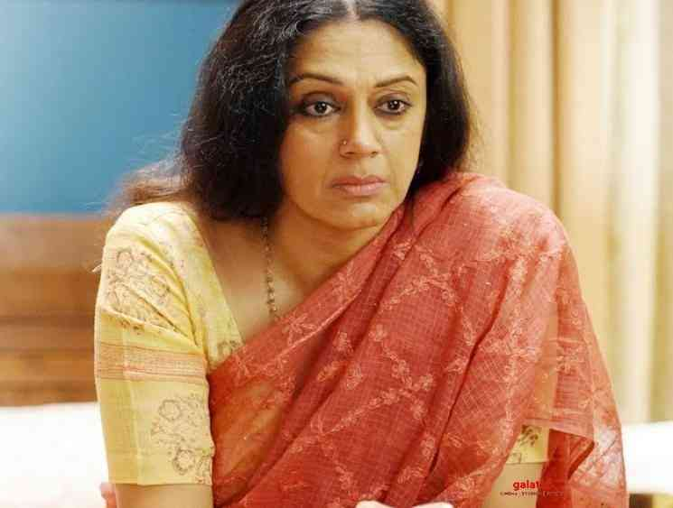 Dancer and actor Shobana Facebook page and account hacked - Tamil Movie Cinema News