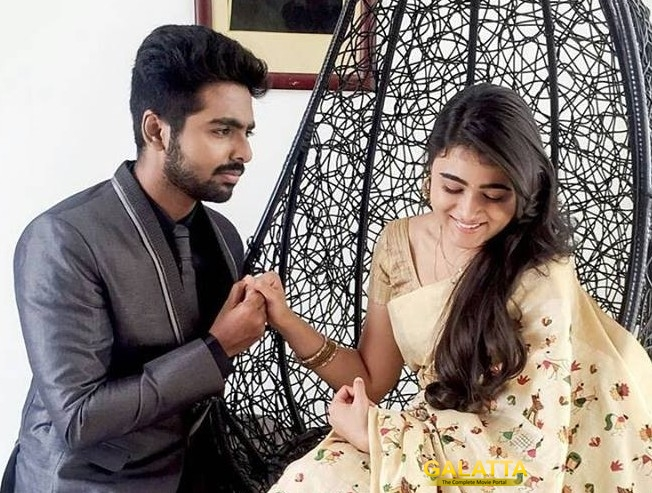 100 Percent Kaadhal Oru Vaanam Tamil Lyric Video Is Out Starring GV Prakash Shalini Pandey