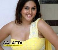 Namitha replaces Vedika