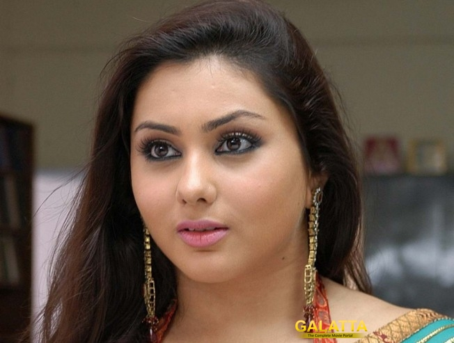 Glam queen Namitha joins ADMK