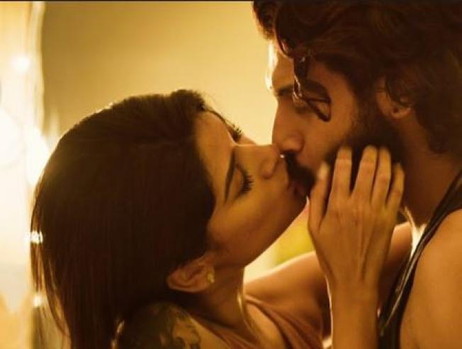 Oviya 90 ML Video Official Telugu Teaser Released Dubbed Teaser Video