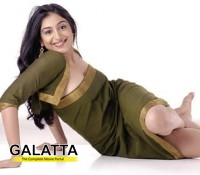 Padmapriya in an item number!